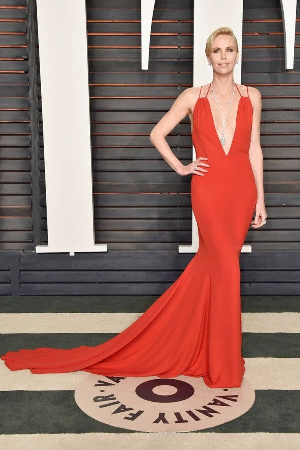 f742198dfc8 Charlize Theron Red Dress At 2016 Oscars Red Carpet in 2019
