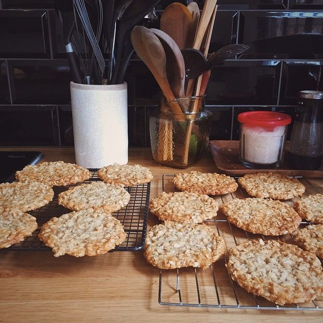 how to make anzac biscuits chewy