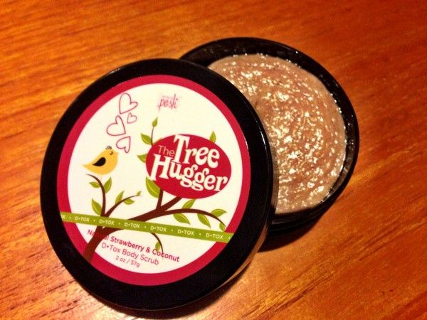 Perfectly Posh Review: Pampering Spa Products + Giveaway! - http://mommysplurge.com/perfectly-posh-review-pampering-spa-products-giveaway/
