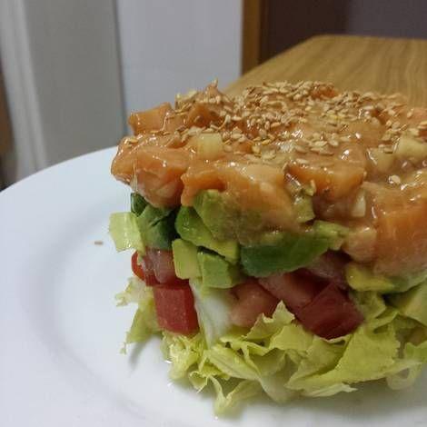 Tártar de salmón con aguacate