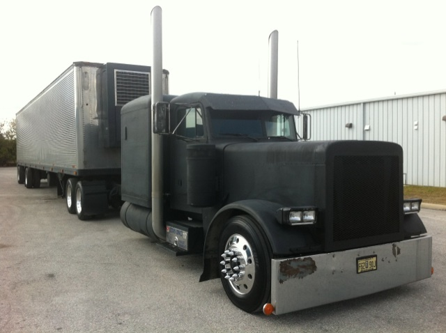 Peterbilt 379 Flat Top Pukis 379 flat top peterbilt