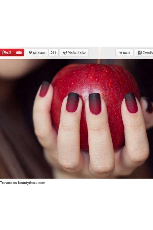 Unghie Halloween: idee horror da Pinterest