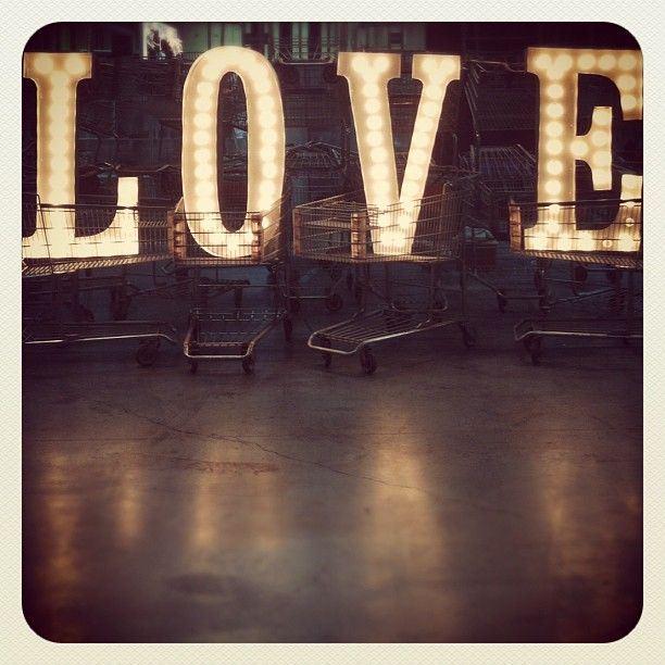 lights: Signs, Glamorous Chic, Beautiful Inspiration, Heart, Salve, Stuff, Chic Life, Valentines Day, Letters