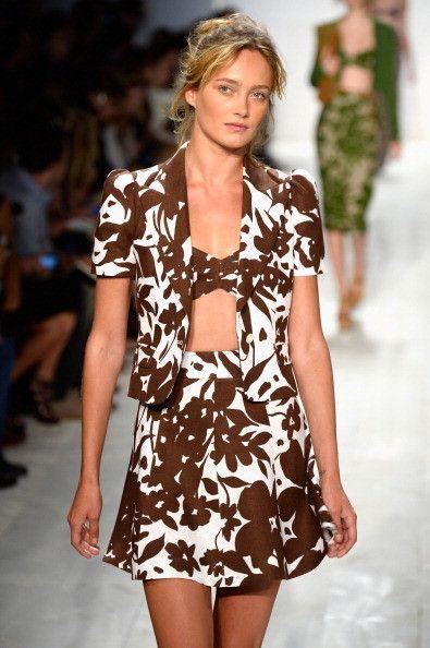 Michael Kors #NYFW  http://www.unadonna.it/moda/moderne-pin-up-per-la-primavera-estate-2014-di-michael-kors/43426/