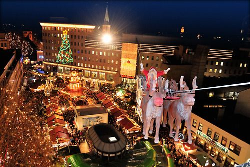 Santa Claus on the Christmas market in Bochum, Ruhrgebiet, Germany :D