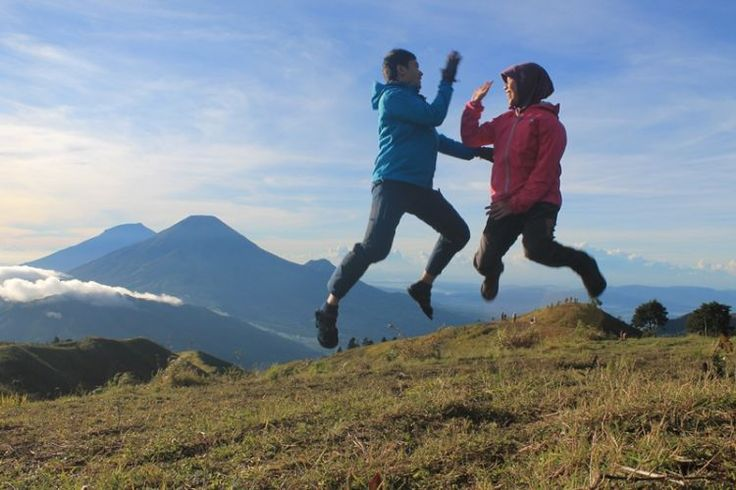 Gunung Prau | Traveling Destination With Someone Special in Indonesia
