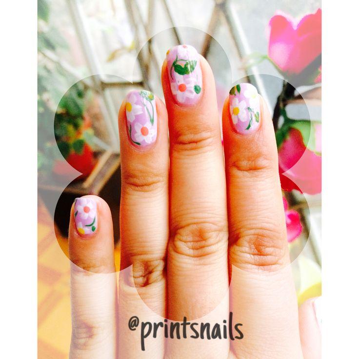 Mi mani de flores :) Síganme en Instagram @printsnails