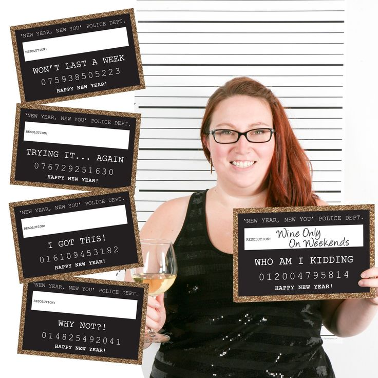 Amazon.com: Gold New Year's Eve Party Mug Shots - New Year's Resolutions Photo Booth Props Party Mug Shots - 20 Count: Toys & Games