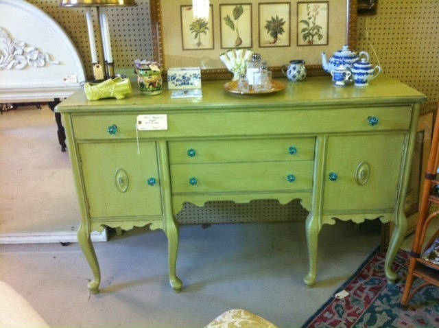 Love the color combo in the painted sideboard. Dining room?