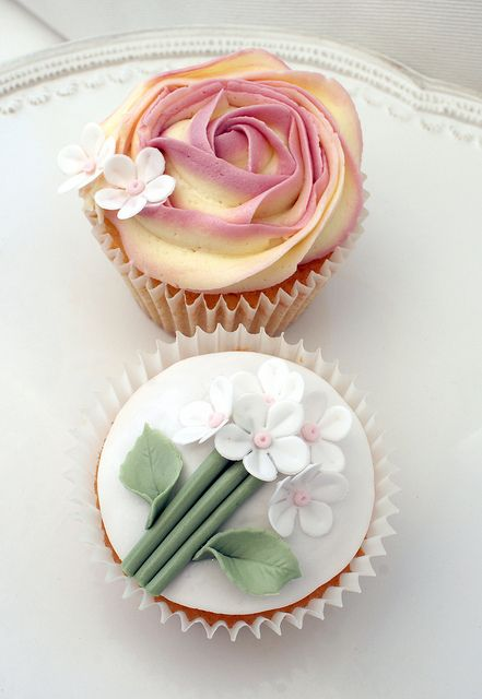 Garden Party Cupcakes: Flowers Cupcakes, Cakes Ideas, Cupcakes Decor, Rose Cupcakes, Flower Cupcakes, Pink Rose, Cups Cakes, Cupcakes Rosa-Choqu, Gardens Parties Cupcakes