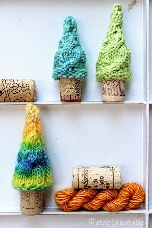 Miniature Christmas Tree, free Knitting Pattern by Simply Notable