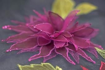 Sue rangeley - free machine embroidery, hand made flowers
