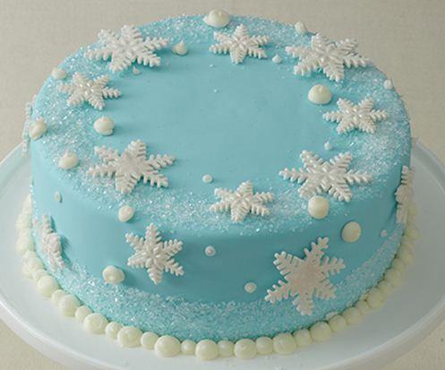 Il ne manque plus que la figurine Elsa pour faire de ce gâteau un magnifique dessert sur la Reine des Neige ! (Kids birthday Frozen)