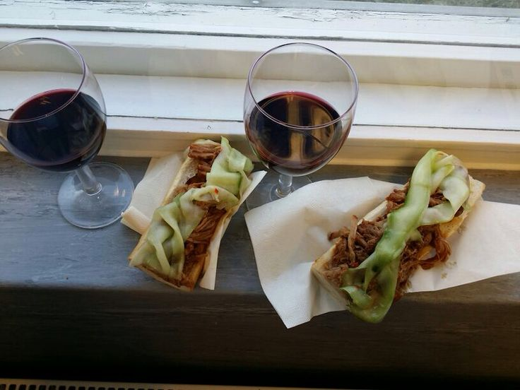 """Pulled pork snack made by chef, in a """"meat school"""". Free tips, food & wine :). Lovely!"""