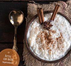 El arroz con leche es conocido en todo el mundo y estas 12 recetas de arroz con leche te lo van a demostrar, desde el clásico arroz con leche al Kheer indio