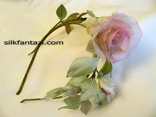 Ободок Веточка с розой 3,700руб.