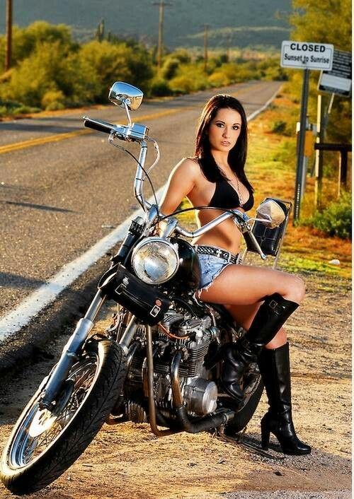 Salutations kissiennes. - Page 6 33e1034717170c9e77ec6486e7f062bb--motorcycle-babes-biker-babes