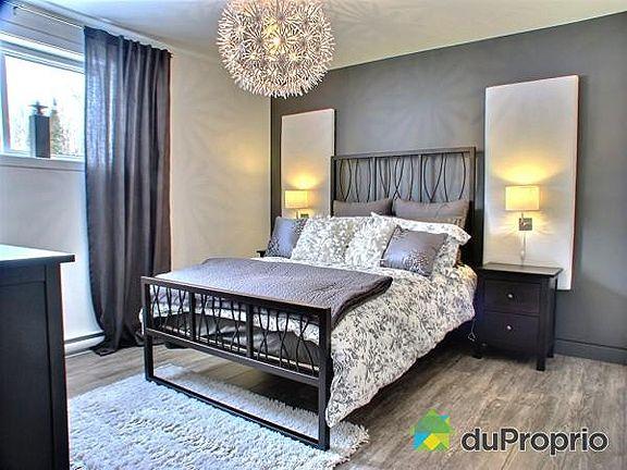 Beautiful teen bedroom decor ! Grey and white Bedroom. Belle chambre d'ado en gris et blanc! #Chic #Modern #Contemporary Light, joli luminaire !