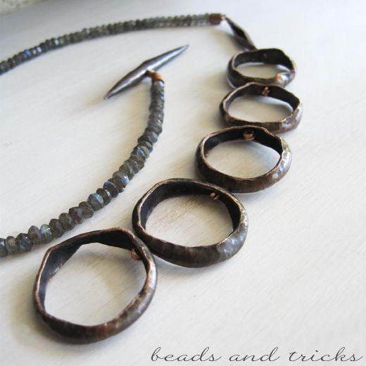 Il metallo e le pietre: una collana | Handmade by Beads and Tricks