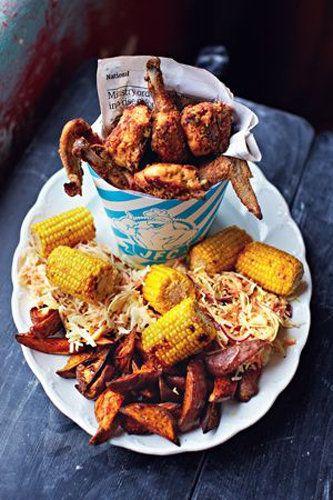 """Курица в духовке рецепт JFC (Jamie's Fried Chicken)  От Джейми - курица в духовке рецепт его """"фирменный!  Кто не любит курицу, зажаренную в панировке? - Джейми знает по опыту, что эта еда любима многими, но если купить готовое блюдо, то это очень дорого... Вот он и решил приготовить курочку в панировке, что получилось намного дешевле и вкуснее, чем покупная!  А если блюдо дополнить салат из капусты и гарниром из овощей - это будет еще и полезно!"""