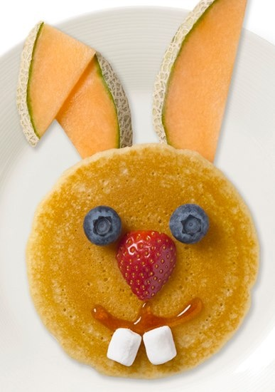 Easter-food ideas-Bunny Face pancake