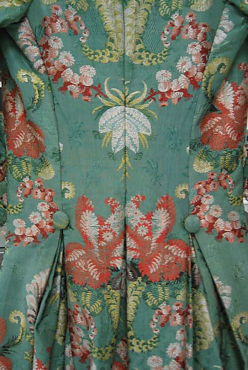 Robe à la Polonaise Date: 1774–93 Culture: French Medium: silk Accession Number: 34.112a, b