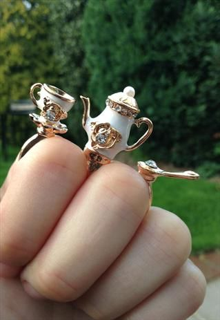 Teatime double ring, TIQUE
