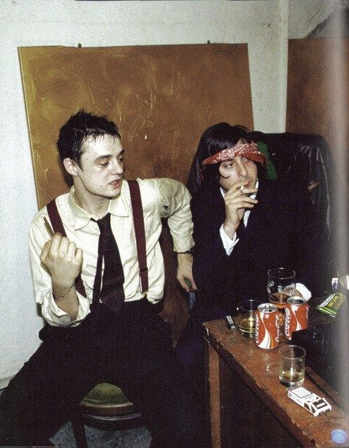 Pete Doherty & Carl Barat after the sink incident.