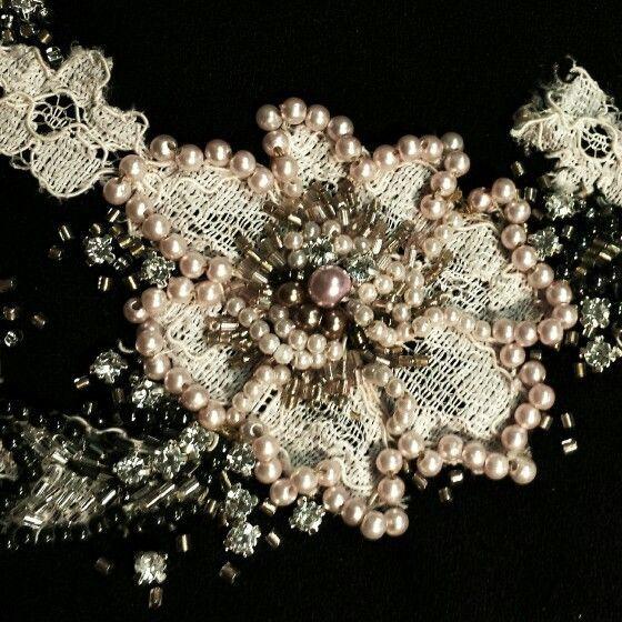 Enhancing an old lace - Realzando un antiguo encaje ♥