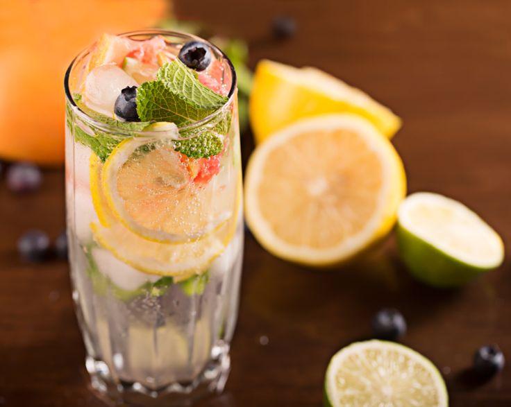 5 méregtelenítő gyümölcsös víz - fogyókúrához is!