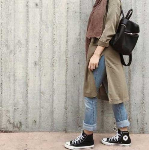 olive-tunic-sporty-hijab-style- Ootd hijab styles http://www.justtrendygirls.com/ootd-hijab-styles/
