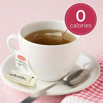 Calorie-Free Warming Tea        Tea with Sugar        Calorie-free white, black, red, and green teas have all been shown to contain high levels of antioxidants, which help ward off disease. Add a dash of sugar substitute to sweeten things.        Nutrition facts for a cup of tea: 0 calories, 0 g fat, mg cholesterol, 0 mg sodium