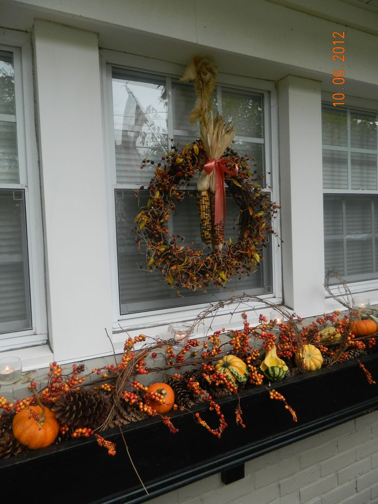Best 25 fall window boxes ideas on pinterest fall - Window decorations for fall ...