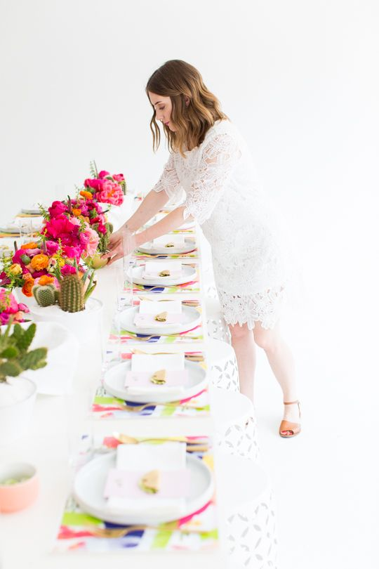 Get all the inspiration you need for this cactus inspired brunch party!  Sugar & Cloth #diy #party #cactus #spring #brunch