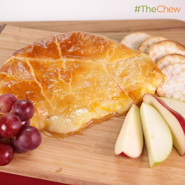 Baked Brie with Apricot Preserves by Kris Jenner! #TheChew