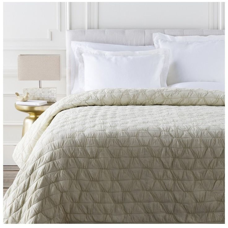 Charlotte Thomas Francesca Quilted Bed Throw In Plum: 1000+ Ideas About Ivory Bedding On Pinterest