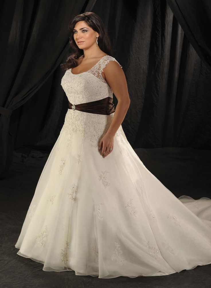 79 best Fat Bridal Choose-Plus Size Wedding Dresses images on ...