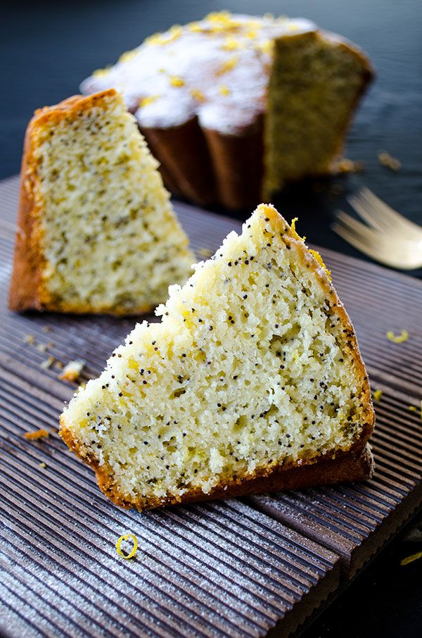 Lemon Poppy Seed Cake. An ice cream like lemon cake. So moist and full of lemon flavor! | giverecipe.com | #cake #lemon #zesty #citrus #poppyseed #summer #spring