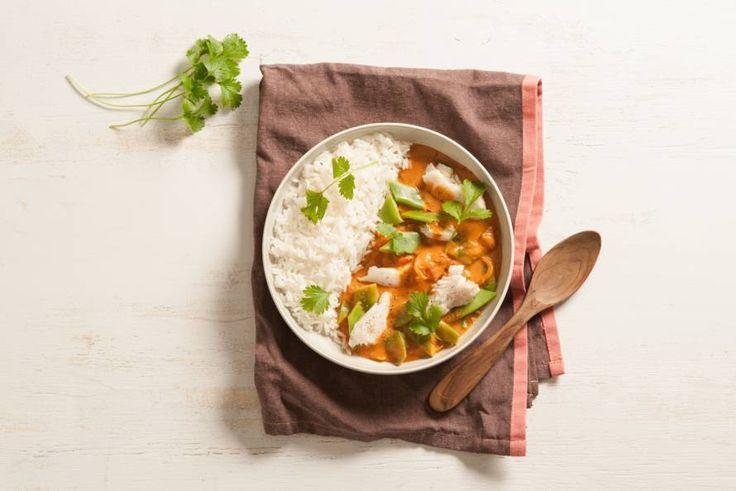 Kijk wat een lekker recept ik heb gevonden op Allerhande! Thaise viscurry met snijbonen en rijst