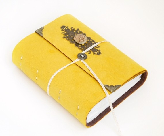 my favorite journalCanary Yellow, Yellow Boards, Favorite Journals, Engulfed Dorian, Bears Send, Dorian Gray Book, Infamous Yellow, Ses Variant, Amarillo Libros