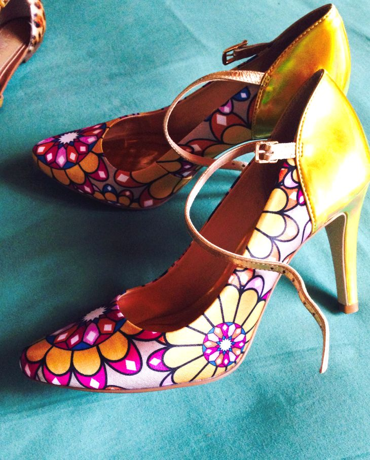 Floral Cristofoli brazilian Cristofoli shoes  heels  #shoes #colorful #print #accessories #fashion #gilr #yellow   #cristofolis #brazilianshoes #brazilian #brazilianfootwear #fashionblogger #fashionblog #amanda #thefashionamy #sweatshirt #asos #shopping  #cool  #trend #parka #springoutfit #outfit  #ootd #italy #brazil #fashion #accessories #shoes #heels #jaune #giallo #yellow #floreale #stampaflorale #print #floralprint #bag #arty #easy #sporty #streetwear   @Cristofoli Shoes  @ASOS.com…