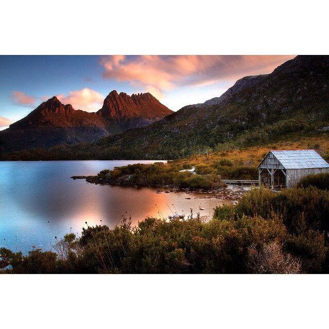 Another great shot of Cradle Mountain and the Boat Shed via http://buff.ly/1IBCe5C?utm_content=buffera8d5e&utm_medium=social&utm_source=pinterest.com&utm_campaign=buffer #cradlemountain #tasmania