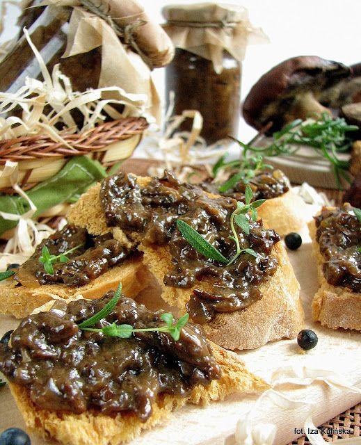 Smaczna Pyza: Pasta z grzybów leśnych