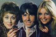 Man About The House. Image shows from L to R: Chrissy Plummer (Paula Wilcox), Robin Tripp (Richard O'Sullivan), Jo (Sally Thomsett).