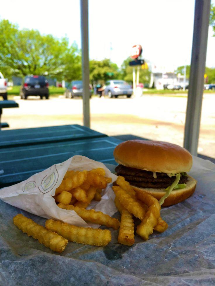 Ray's Burgers - Grand Haven, Michigan
