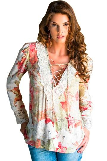 Blusa feminina com renda bordada Marie Mercié - ChicEElegante