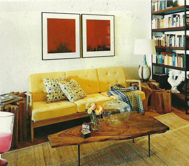 good table: Mid Century Modern, Coffee Tables, Living Rooms, Deco Blog, Ideas Para, Wood Tables, Interiors Living, Rustic Renaissance, Yellow Couch