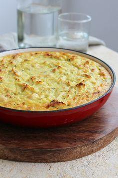 A fritada de cogumelos e couve-flor foi feita com couve-flor processada ainda crua e depois misturada com os outros ingredientes.