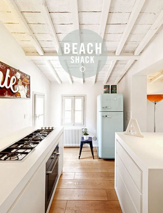 Thinking warm thoughts while browsing pics of this adorable beach shack on SF Girl by Bay...