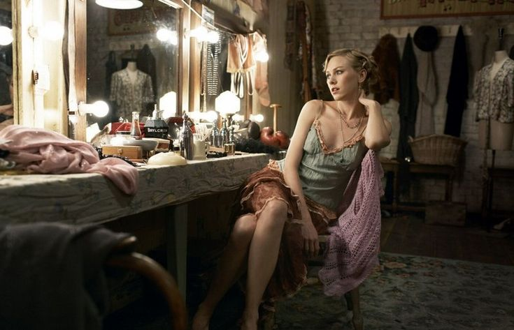 Vintage style dressing room with Naomi Watts